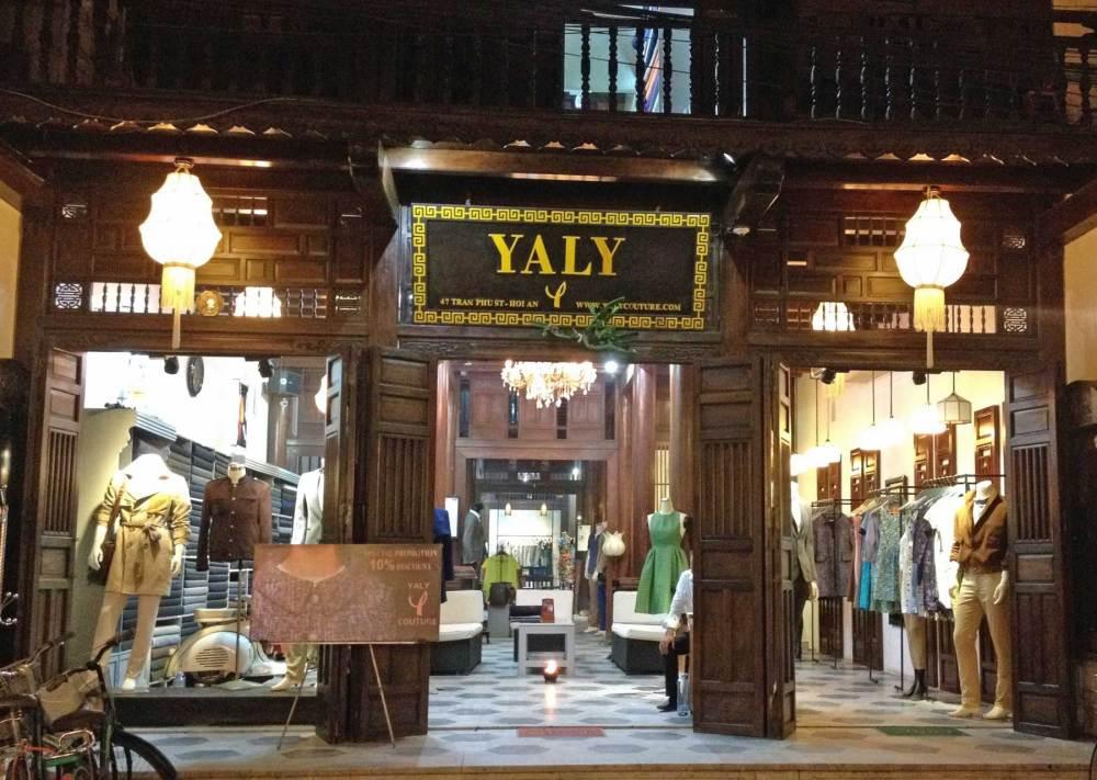 Schneider Yaly in Hoi An