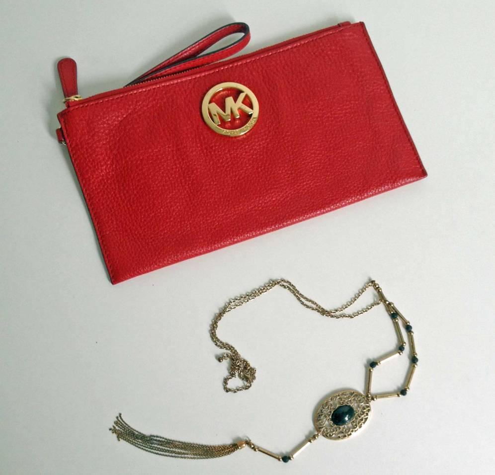 Noch eine hübsche Tasche und eine tolle Vintage-Kette, dann ist mein Shopping-Budget erschöpft.