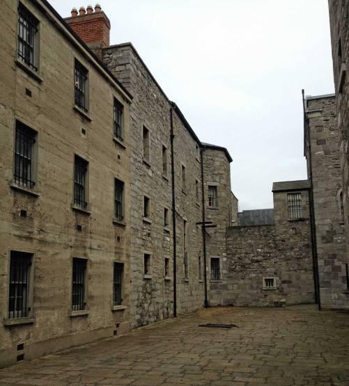 Im Innenhof von Kilmainham Gaol fanden immer wieder Erschießungen statt.