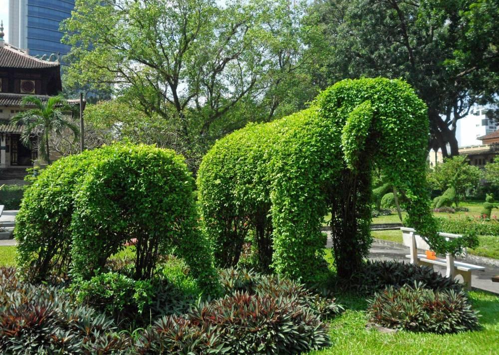 Blätter-Elefanten im Zoo von Ho Chi Minh City