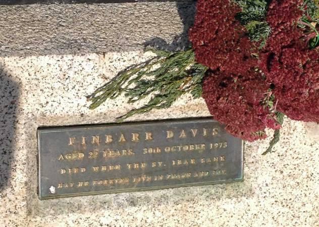 Ein Denkmal im Zentrum von Howth erinnert an die auf See Vermissten.