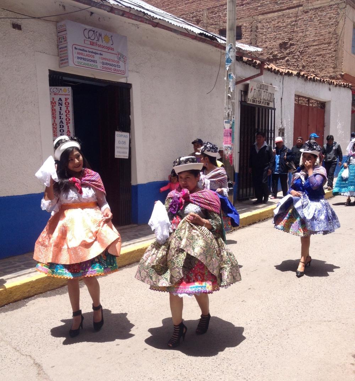 Umzug in Puno in Peru am Titicaca-See