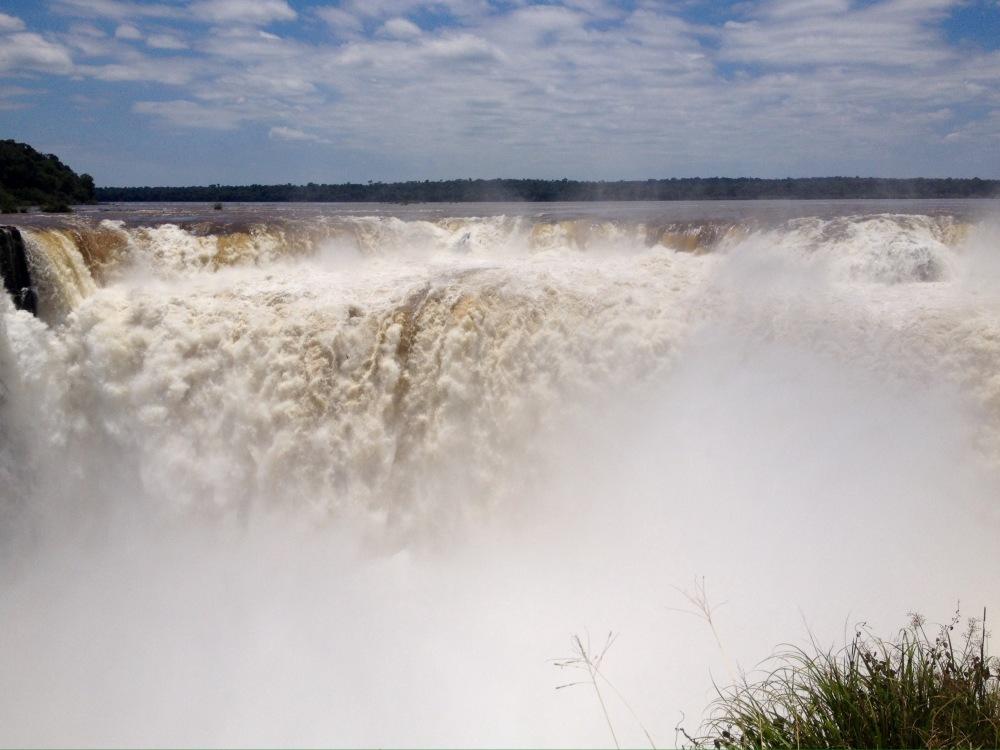 """""""Devils Throat"""" ist das Herzstück der Wasserfälle von Iguazu."""
