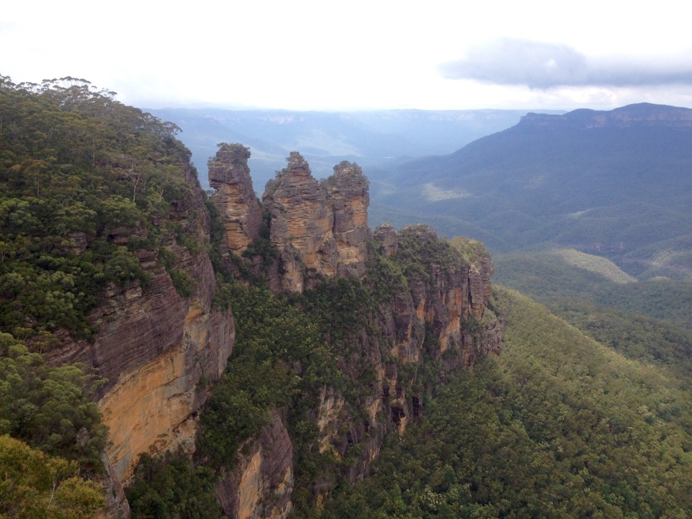 Die Felsformation Drei Schwestern in den Blue Mountains in Australien