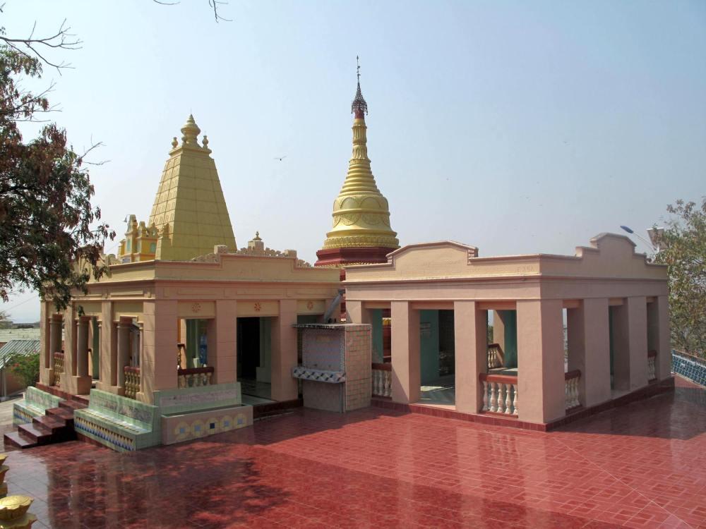 Bunte Pagoden in Myanmar